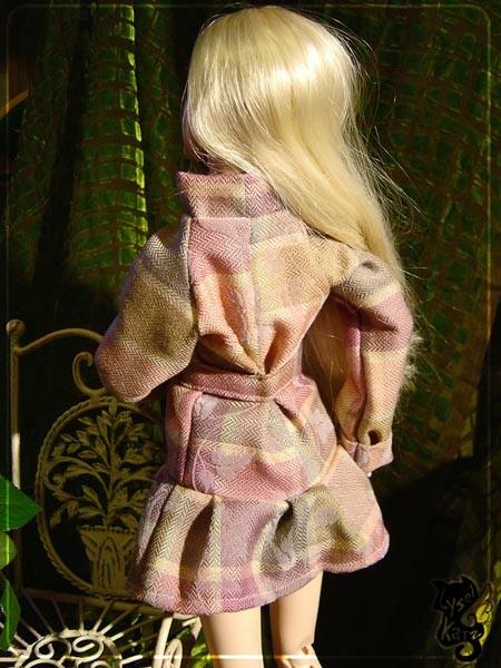 Lysel Katz sewing box > manteau acidulé & flashy p8 - Page 3 LyselSb_camelia-pleatscoat205s