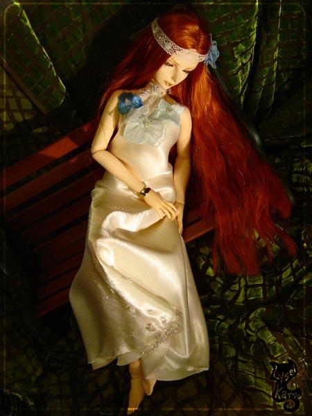 Lysel Katz sewing box > manteau acidulé & flashy p8 - Page 3 LyselSb_camelia-whitedress15s