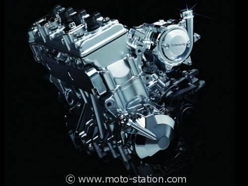 le retour du Turbo ? Tokyo_Motor_Show_2013_4_cylindres_compresse_Kawasaki_stpz-500x375