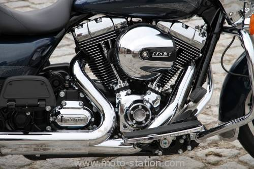 Road King 2015 Harley-davidson-road-king-2016-11-500x333