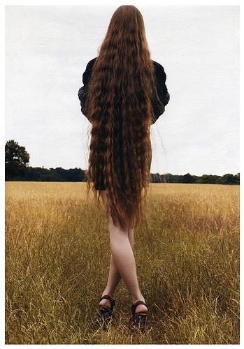LA REALIDAD ES UNA ILUSIÓN El-cabello-ruslana-korshunova-L-x2d0tX