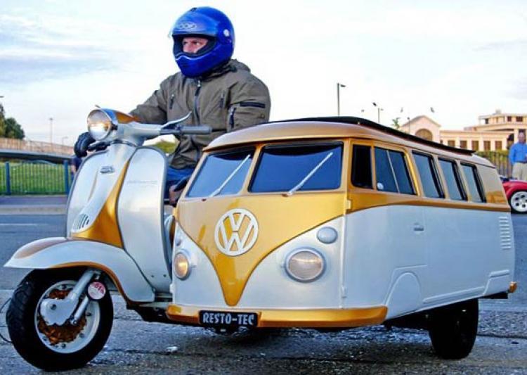 10 Motos Complètement Débiles UK_Man_Fits_VW_7001