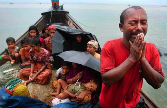 Musulmans Rohingyas persécutés par Terroristes bouddhistes Migrants-Journeys-Gla_Maga