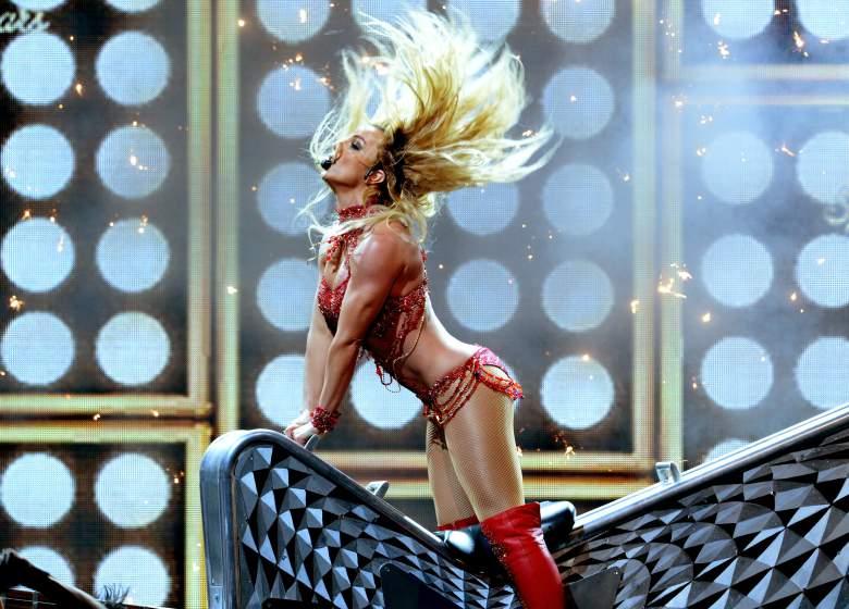 82 - Britney Spears  - Σελίδα 3 Gettyimages-533589470_master