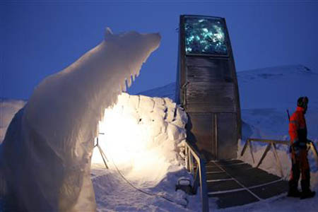 """L'arche de Noé"" de Svalbard (Spitzberg Svalbard Global Seed Vault) Spitzbergen6_082711"