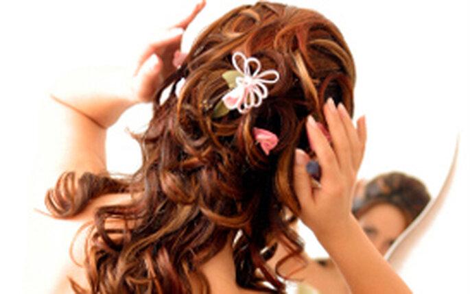 Pettinature sposa con capelli lunghi Acconciatura