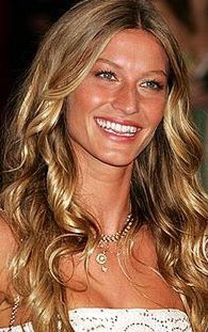Pettinature sposa con capelli lunghi Capelli20lunghi2053