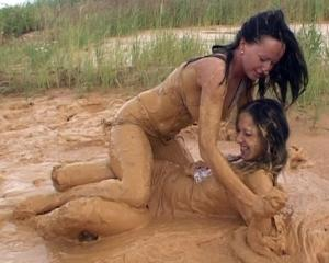 LOSI B4.1 made in Djack 68 - Page 2 Mud-wrestling
