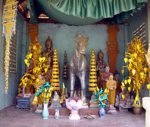 Bouddhisme au Cambodge Autel
