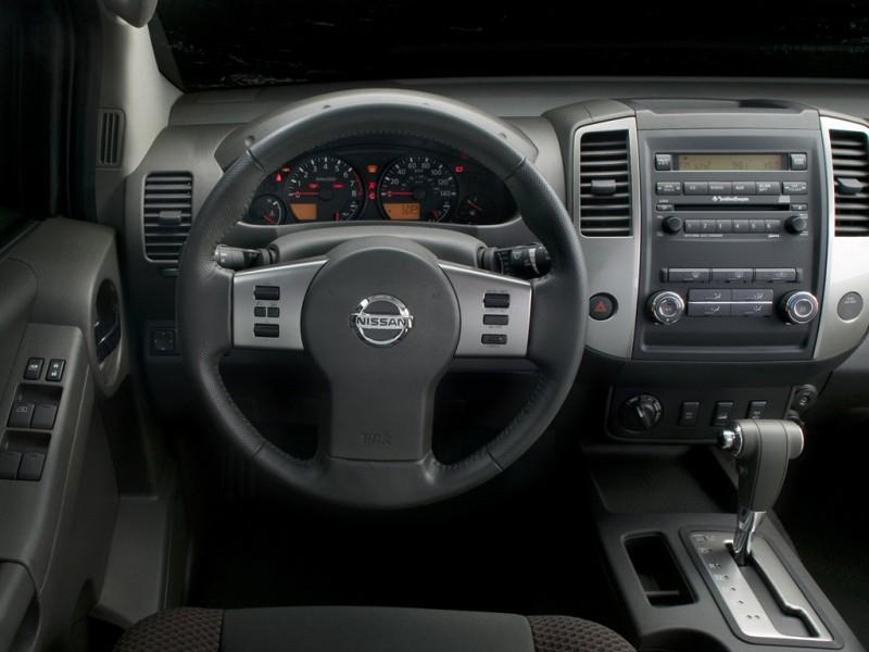 Terenska vozila 2010-nissan-x-terra-interi0or