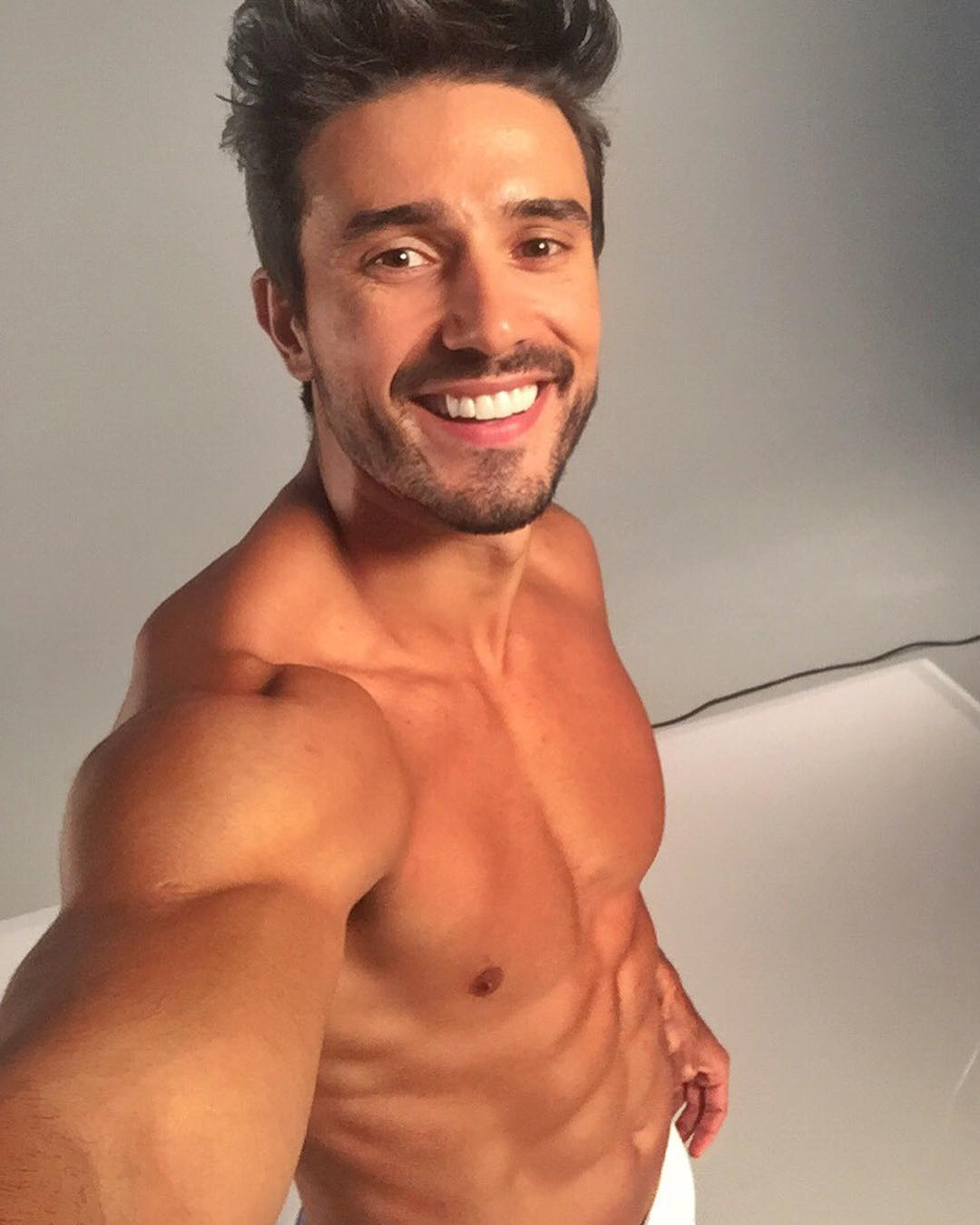 Round 19th : Mister World 2019 Fotos-lucas-gil-5