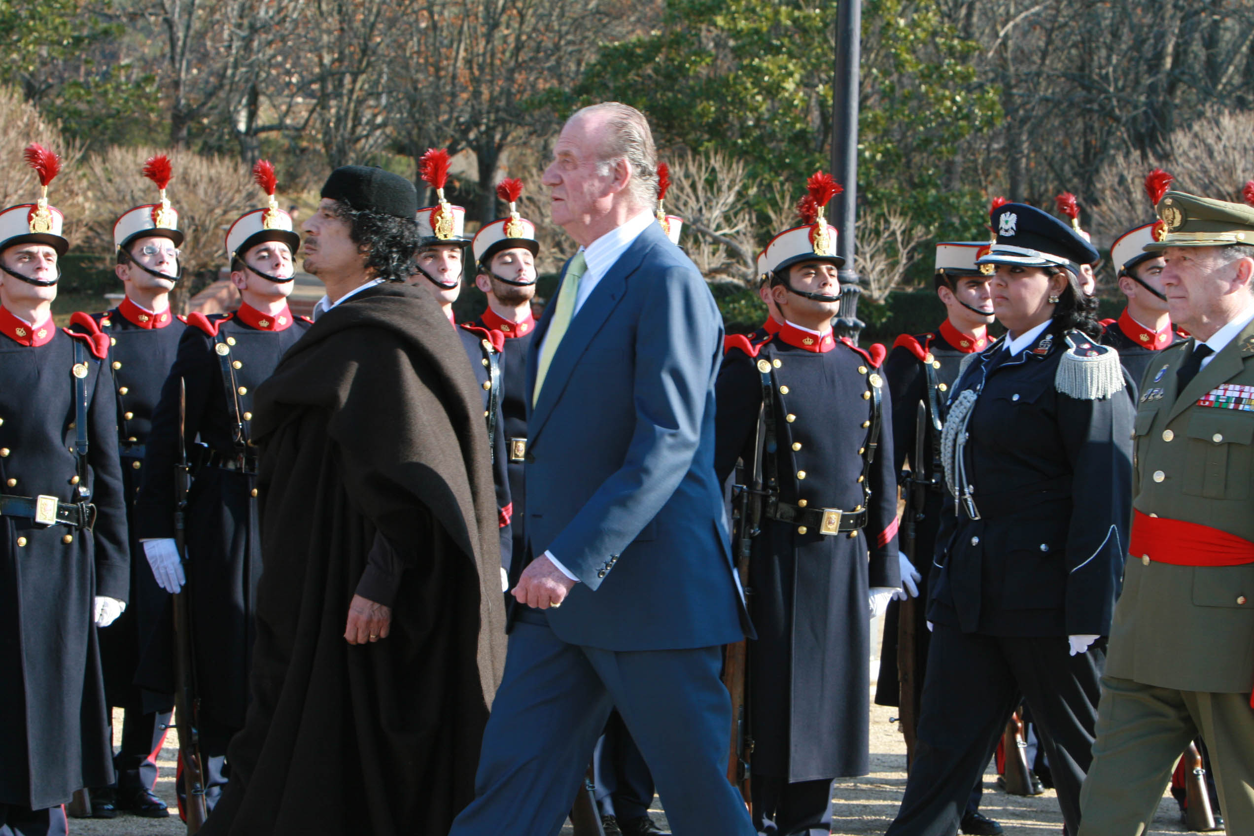 .سجل حضورك ... بصورة تعز عليك ... للبطل الشهيد القائد معمر القذافي - صفحة 32 A1