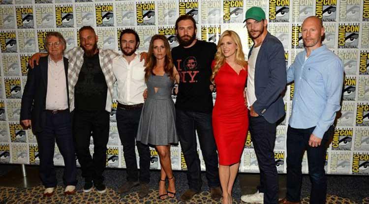 ¿Cuánto mide Robert Downey Jr? - Altura - Real height - Página 4 Vikings-sdcc
