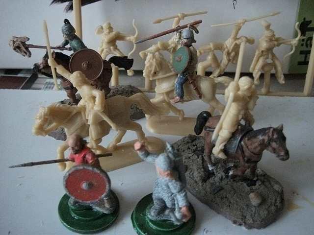 Figurines 28mm plastique HatAndaluzLightCavalryComp0003