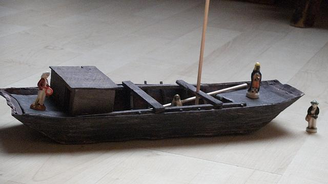 ployage de la levée du plancher de la gabare LoireXIV_MoulageChalanAmbiani0002