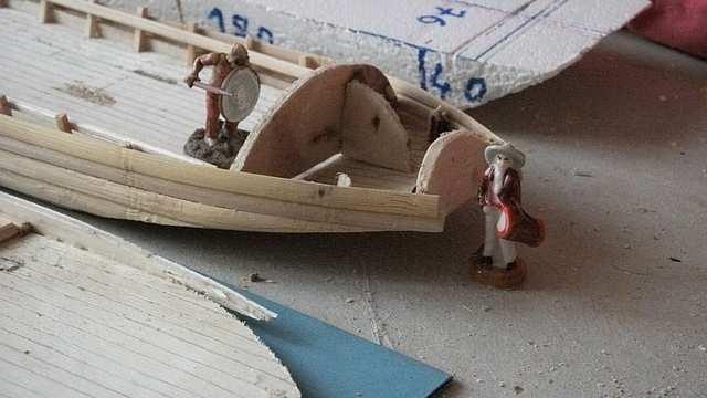 ployage de la levée du plancher de la gabare LoireXIV_charriereCabineArrier0004