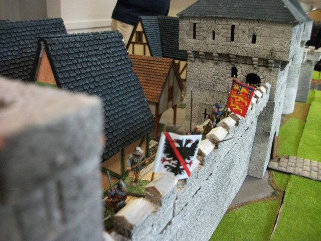 Deux ducs pour une couronne ...ou la guerre de Succession de Bretagne en raccourci ! SiegeRennes20ans37