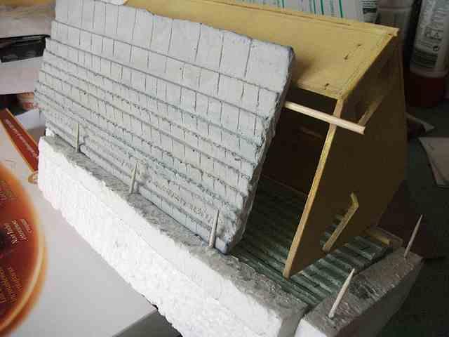 [TUTO] Toit en plâtre imitation ardoise (complément des murs en plâtre) ColombageArdoisePureauDecr0002