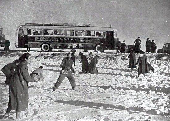 Neige aimée ou honnie Neige-Oran-1956