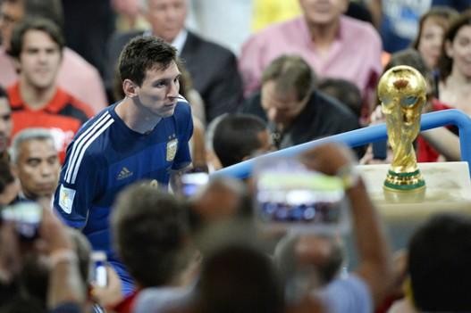 Summer 2016: Copa America, Euro & Olympics Watch - Page 2 Messii-hiastaphutyun-na63065.1