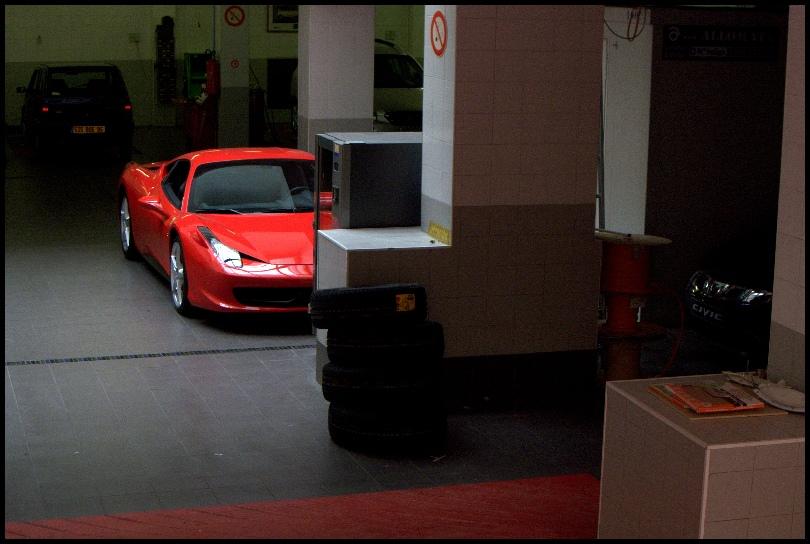 Après Panerai : Cabestan avec Ferrari ??? Monaco_GPH10001
