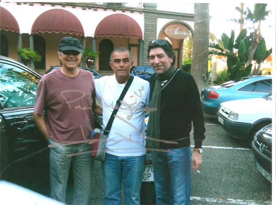 ¿Cuánto mide Mariano y los famosos? (Cazafotos) - Altura 220c08548cac211cc7db219bb52f46cf_XL
