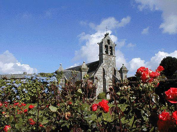 BEGARD * BEAR Eglise-roses