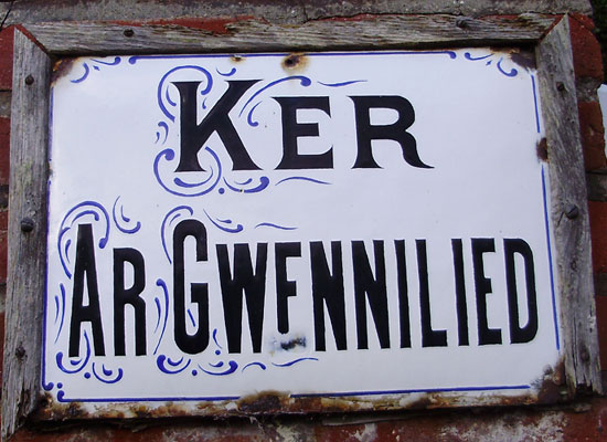 Les noms de maisons en langue bretonne Ker-gwennilied-perros