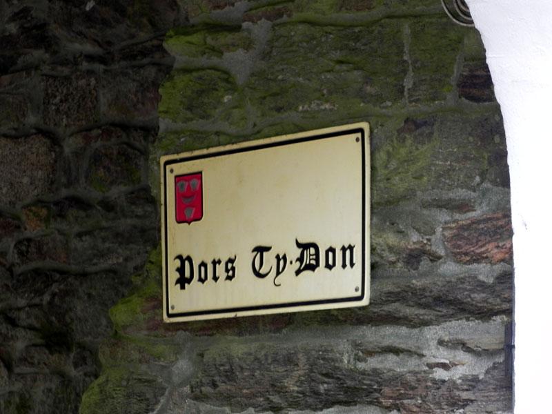 Les noms de maisons en langue bretonne Pors-ty-don-benach-1325