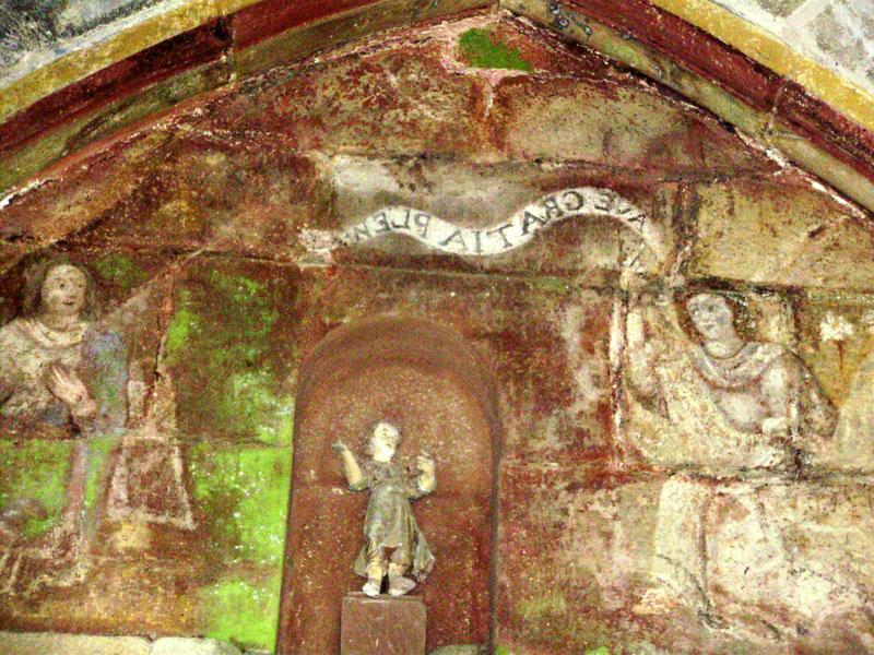 PLOUEGAT-GUERRAND Eglise-porche-inscription