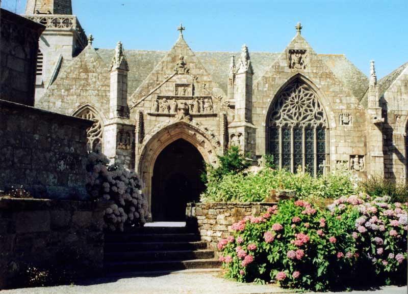 RUNAN Eglise-2006-ext-b
