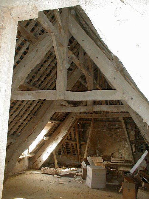 Les métiers de la construction / Micherioù sevel tiez Presbytere-charpente-2002