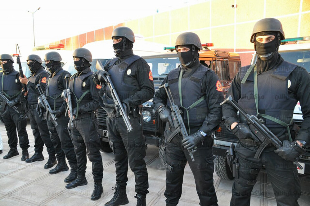 Moroccan Special Forces/Forces spéciales marocaines  :Videos et Photos : BCIJ, Gendarmerie Royale ,  - Page 12 26177093_975309615940451_1284400556_n-copie