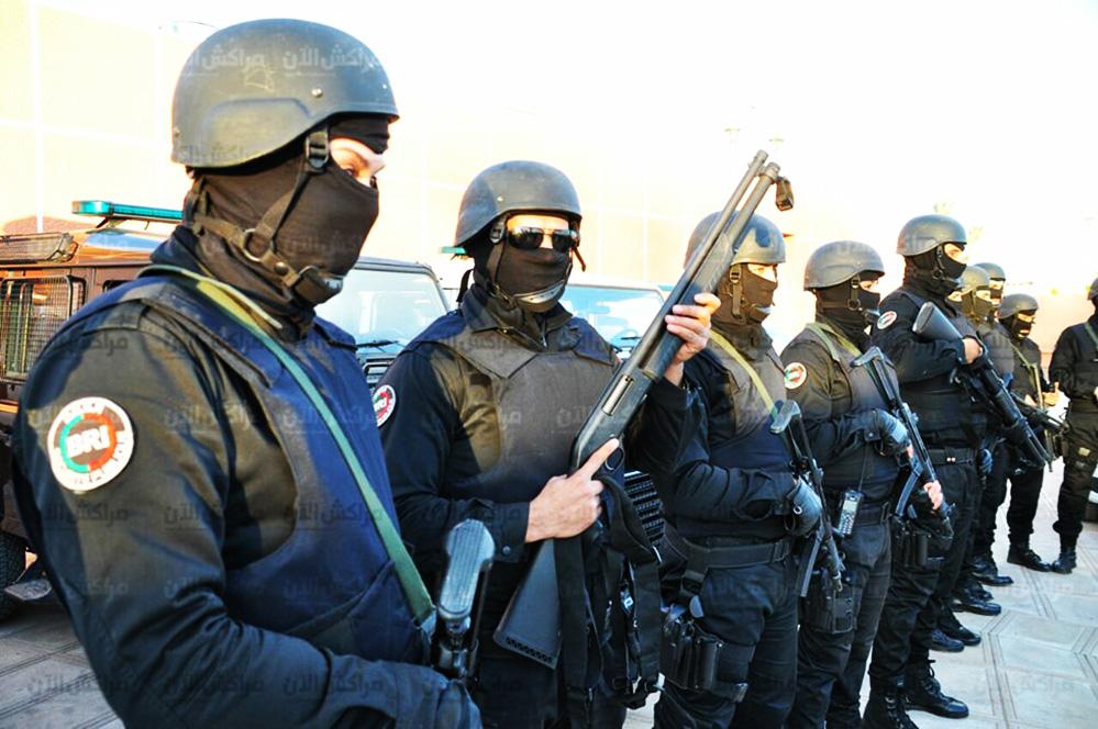 Moroccan Special Forces/Forces spéciales marocaines  :Videos et Photos : BCIJ, Gendarmerie Royale ,  - Page 12 26177345_975309645940448_2109703522_n-copie