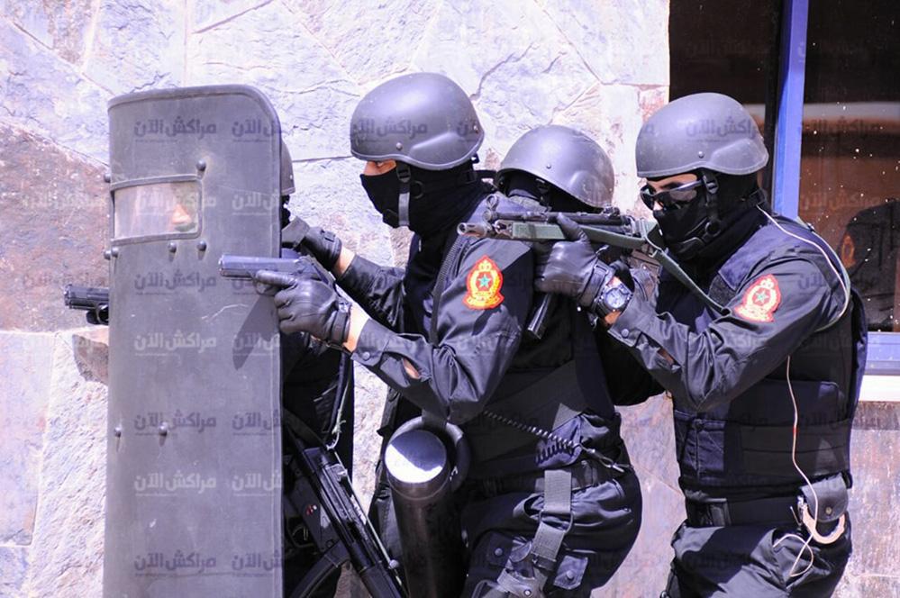 Moroccan Special Forces/Forces spéciales marocaines  :Videos et Photos : BCIJ, Gendarmerie Royale ,  - Page 13 31590624_1049972748474137_7043683139226435584_n-copie