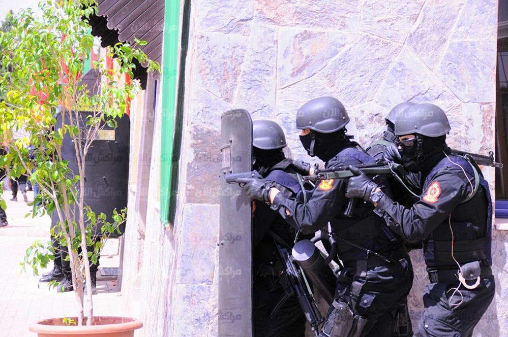 Moroccan Special Forces/Forces spéciales marocaines  :Videos et Photos : BCIJ, Gendarmerie Royale ,  - Page 13 32549703_1049971341807611_8780236277829074944_n-copie