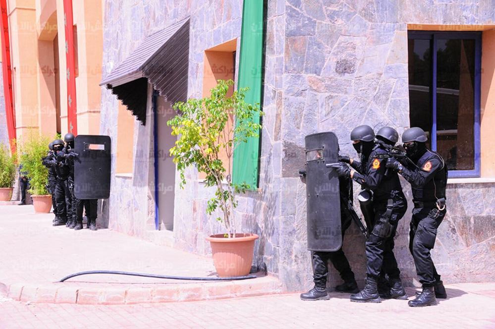 Moroccan Special Forces/Forces spéciales marocaines  :Videos et Photos : BCIJ, Gendarmerie Royale ,  - Page 13 32693295_1049971511807594_1008439436129599488_n-copie