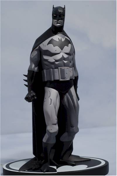 BATMAN BLACK & WHITE #06 : MIKE MIGNOLA Review_migbats_3