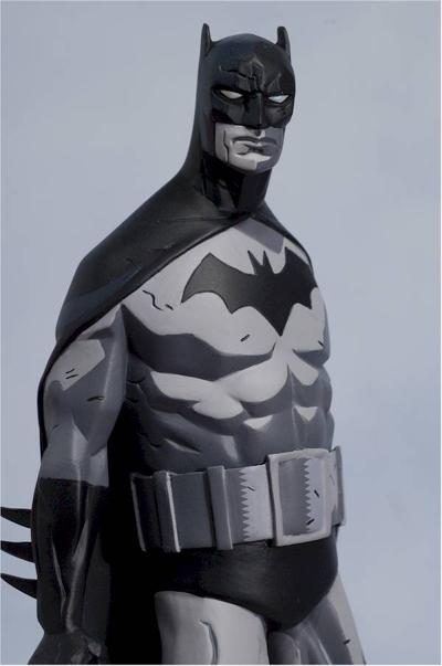 BATMAN BLACK & WHITE #06 : MIKE MIGNOLA Review_migbats_large