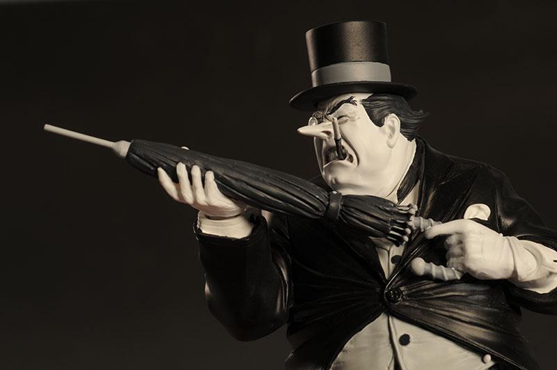 BATMAN BLACK & WHITE VILLAINS #02 : PINGOUIN / BRIAN BOLLAND Review_bwpenguin_1