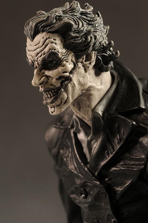 BATMAN BLACK & WHITE VILLAINS #05 : JOKER / LEE BERMEJO Review_bwleejoker_4