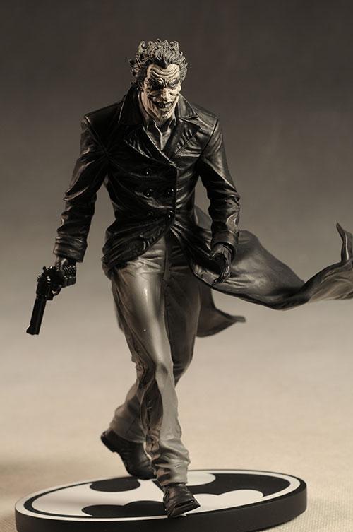 BATMAN BLACK & WHITE VILLAINS #05 : JOKER / LEE BERMEJO Review_bwleejoker_5