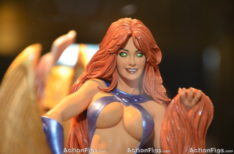 COVER GIRL OF THE DC UNIVERSE : STARFIRE TOY_3153_resize