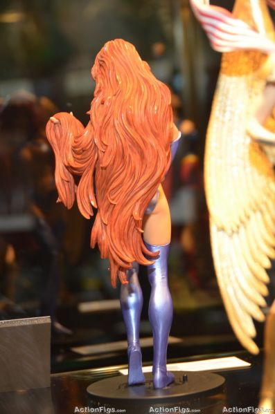 COVER GIRL OF THE DC UNIVERSE : STARFIRE TOY_3160_resize