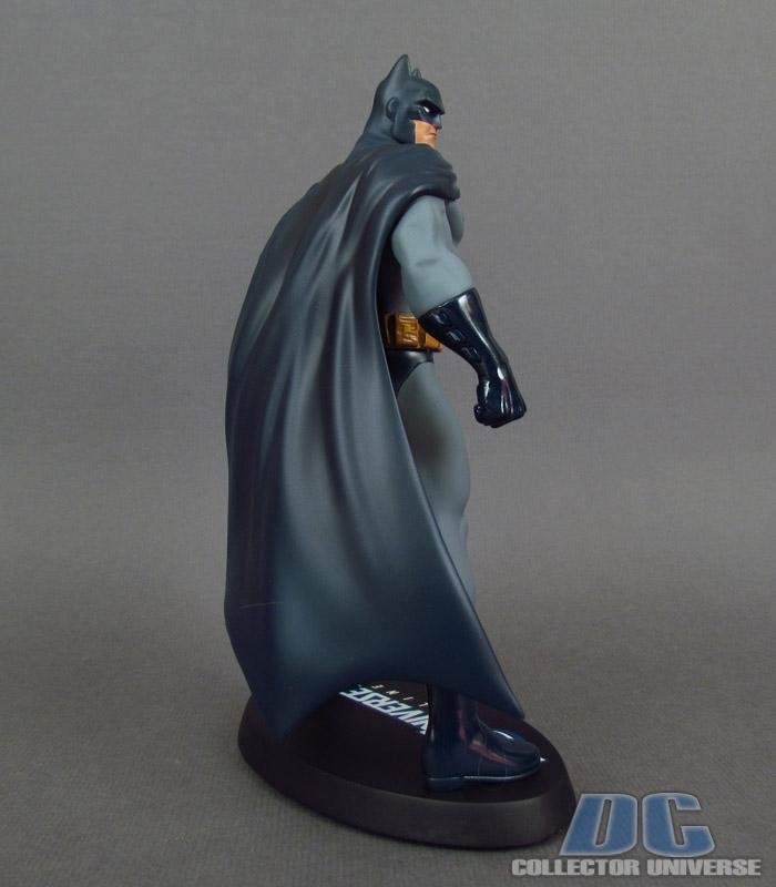 DC UNIVERSE ONLINE STATUE: BATMAN Dc-universe-online-batman-06