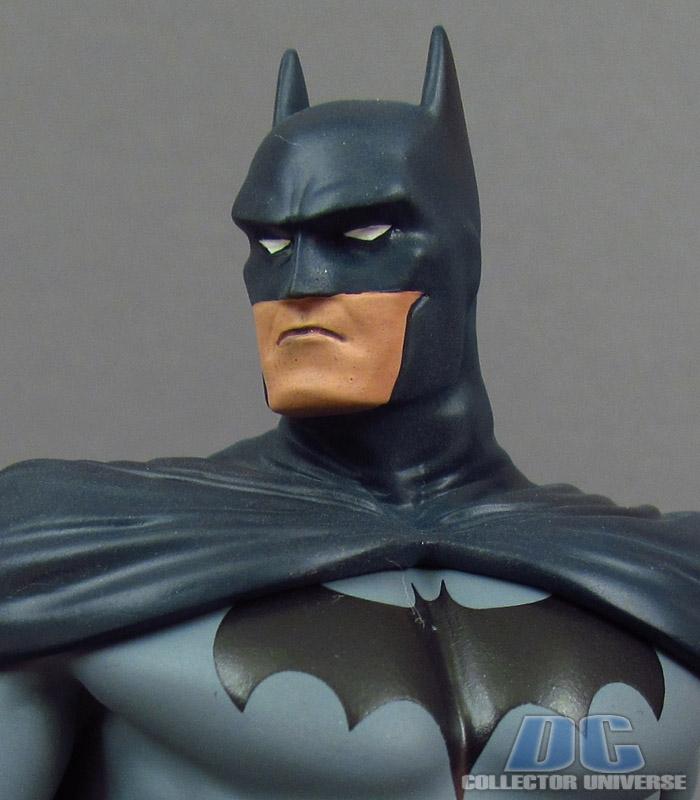 DC UNIVERSE ONLINE STATUE: BATMAN Dc-universe-online-batman-10