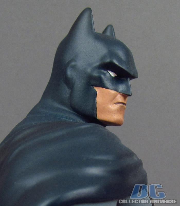DC UNIVERSE ONLINE STATUE: BATMAN Dc-universe-online-batman-11