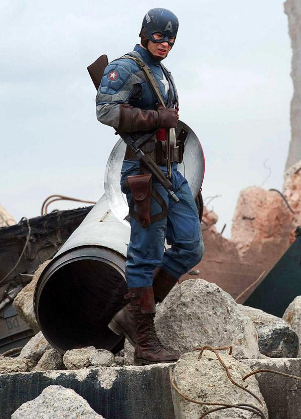 2011 - CAPTAIN AMERICA FIRST AVENGER  Captain_America_First_Avenger_film_2011___7_