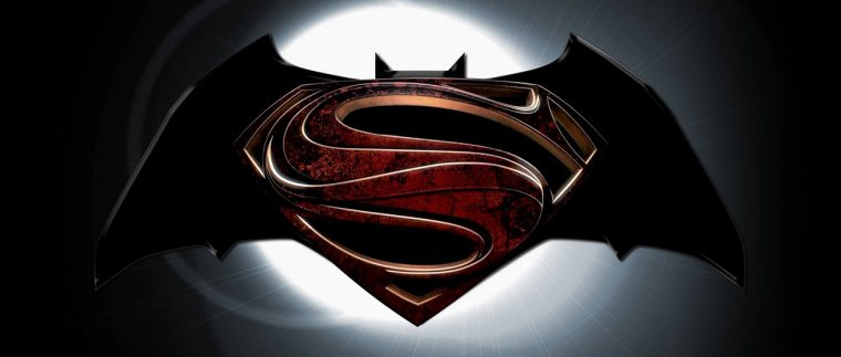 BATMAN VS SUPERMAN : L'AUBE DE LA JUSTICE - Page 2 3205884585_1_2_3jgXUtnv