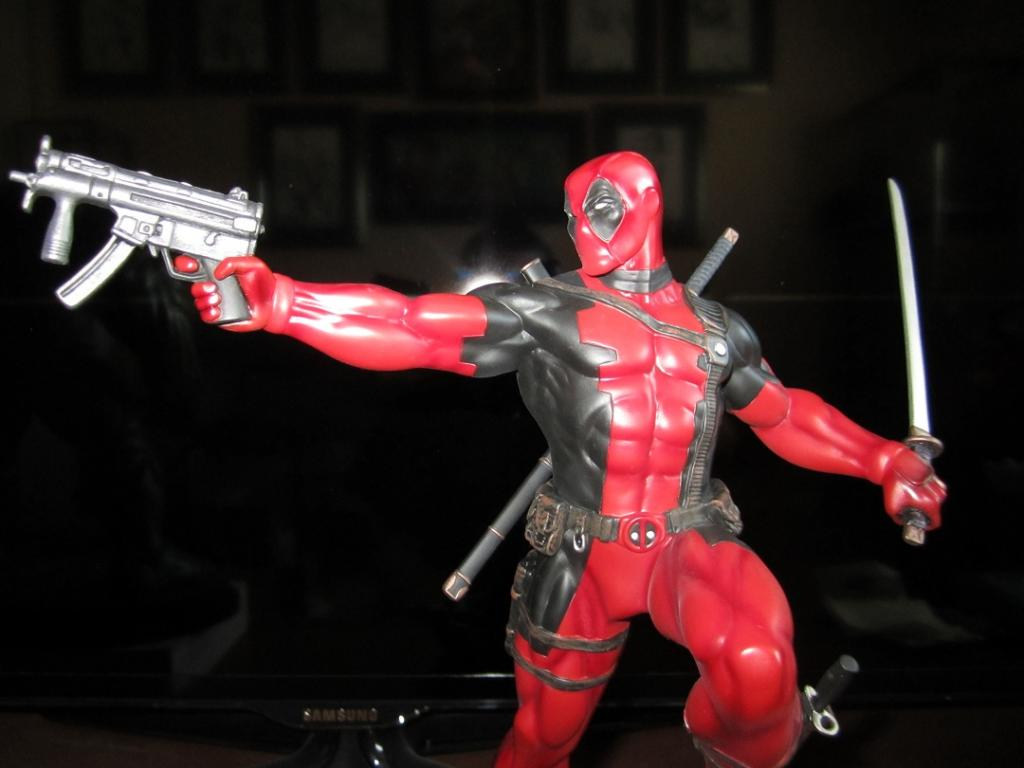 "DEADPOOL ""action"" Bowen_Deadpool_action_20"
